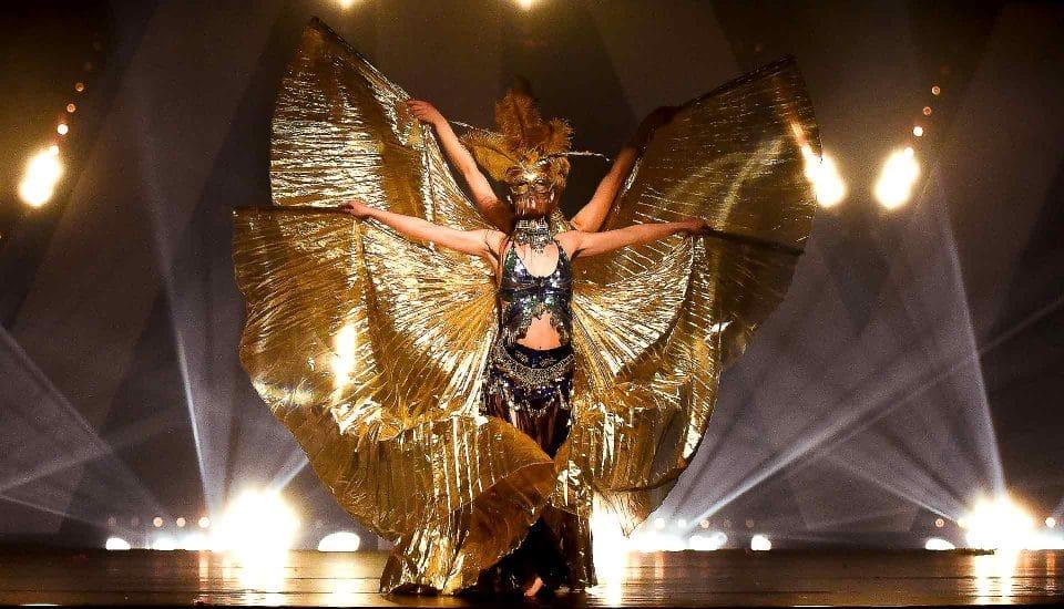 Spectacle Caprice, tableau Ethnic, ailes d'Isis, Voulez-Vous